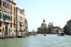 Free Gothic Facades Along The Grand Canal In Venice Royalty Free Stock Photo - 12631375