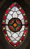 Gotisch venster van gebrandschilderd glas Stock Fotografie