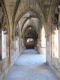 Gotische Art-Eingangsweise Lizenzfreie Stockfotos