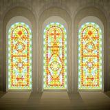 Gotische Buntglasfenster der Kirche Stockfotos