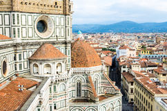Gotische kathedraal in Florence van IL Duomo Di Firenze stock afbeeldingen