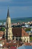 Gotische katholieke kerk in cluj-Napoca, Roemenië stock fotografie