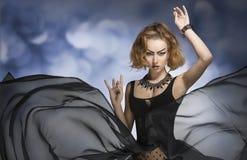 Gotische maniervrouw Stock Foto's