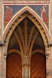 Gotische poorten stock afbeeldingen