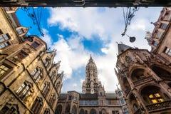 Gotische stadhuisbinnenplaats Stock Foto