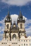 Gotische torens van Praag Stock Afbeeldingen
