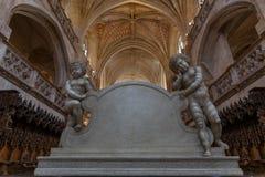 Gotischer Innenraum der Brou-Klosterkirche, Frankreich stockfoto