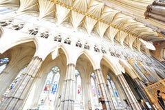 Gotischer Innenraum des Westminster Abbey Stockfotos
