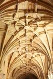 Gotischer Vaulting in einem alten Tempel Stockfoto
