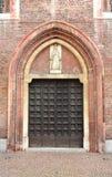 Gotisches Portal zur Kirche der Krönung Stockfotos