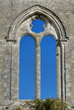 Gotisk Abbey Church Window Empty Ruin ram Arkivbilder