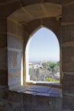 Gotisk fönsterLissabon slott Fotografering för Bildbyråer