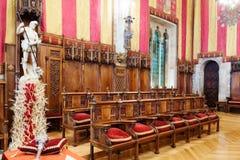 Gotisk inre av det Barcelona stadshuset Arkivbilder