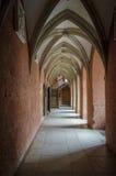 Gotisk korridor royaltyfria foton
