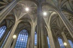 Gotisk kupol av den medeltida kyrkan Royaltyfri Fotografi