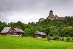 Gotisk slott Stara Lubovna Royaltyfri Fotografi