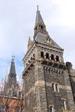 Gotisk stilarkitektur av Healy Hall byggnadstorn Arkivfoton