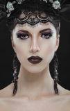 Gotisk svart skönhetmakeupstående Royaltyfria Foton