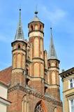 Gotiska kyrkliga torn i Torun, Polen Royaltyfri Foto