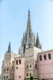 Gotiska kyrkliga tornspiror i Barcelona Fotografering för Bildbyråer