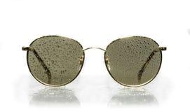 Gotitas de agua de las gafas de sol Imagen de archivo