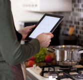 Gotować, technologia i domowy pojęcie, Zdjęcie Stock