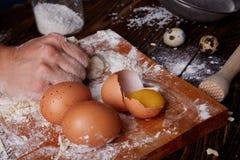 Gotować w domu concpet jedzenie healhty Drewniana mąka Obrazy Royalty Free
