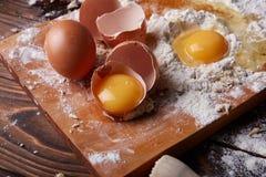 Gotować w domu concpet jedzenie healhty Drewniana mąka Fotografia Royalty Free
