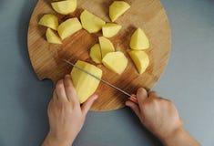 Gotować w domu kuchnię Obrazy Royalty Free