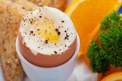 gotowana jajeczna miękka część Zdjęcie Stock