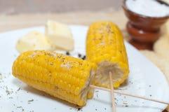 Gotowana kukurudza z masłem i solą Obrazy Royalty Free