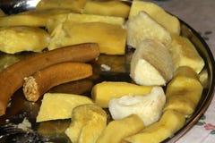 Gotowani ignamy i banana Haitański styl Obrazy Royalty Free
