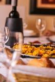 Gotowy stół dla gościa restauracji Zdjęcie Royalty Free