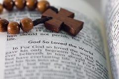 Gott liebte so die Welt - 2 Lizenzfreie Stockbilder