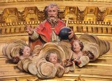 Gott und drei Engel - Burgos-Kathedrale Lizenzfreie Stockfotos