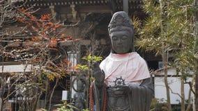 Gottheit in einem Tempel in Japan lizenzfreies stockbild