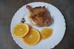 Gotująca kaczki noga z pomarańcze i miodem Fotografia Royalty Free