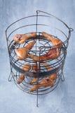 Gotujący kurczaków Drumsticks zdjęcia stock