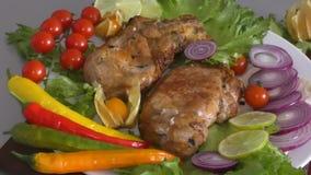 Gotujący na piec na grillu wieprzowinie zbiory wideo