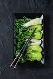 Gotujący bok choy z sezamowymi ziarnami Zdjęcie Royalty Free