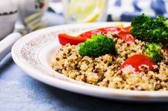 Gotujący wielo- barwiony quinoa Obrazy Stock