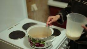 Gotuje solonego karmel zbiory