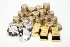 Goud, diamanten, euro muntstukken royalty-vrije stock foto