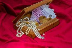 Goud en juwelen Stock Afbeelding
