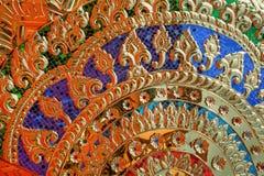Gouden abstracte kleurrijke geheimzinnigheid als achtergrond royalty-vrije stock afbeelding