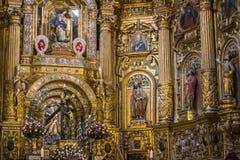 Gouden altaar Stock Afbeeldingen