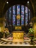 Gouden altaar Pala D ` Oro en het heiligdom van Charlemagne ` s stock afbeelding