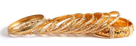 Gouden armbanden royalty-vrije stock afbeelding
