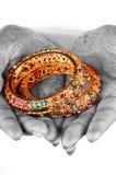 Gouden armbanden royalty-vrije stock afbeeldingen