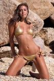 Gouden bikini Stock Afbeeldingen